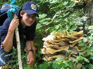 NRWA educators guide youth to discovery and connection with nature - Photo by Nancy Ohringer